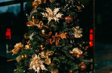 Vánoce se blíží, peněz je málo