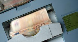 Bankovní půjčka