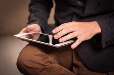 Co o firmě prozradí recenze a reference na internetu?